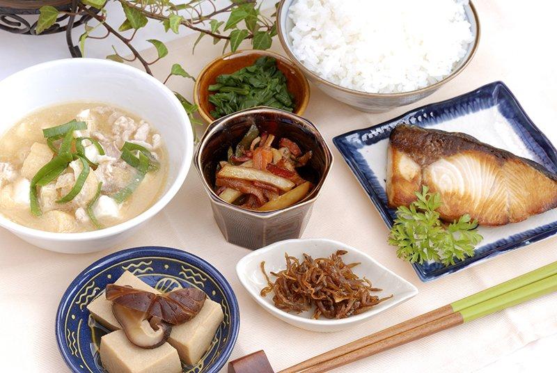 NO.52 食べ過ぎは免疫力を低下させる
