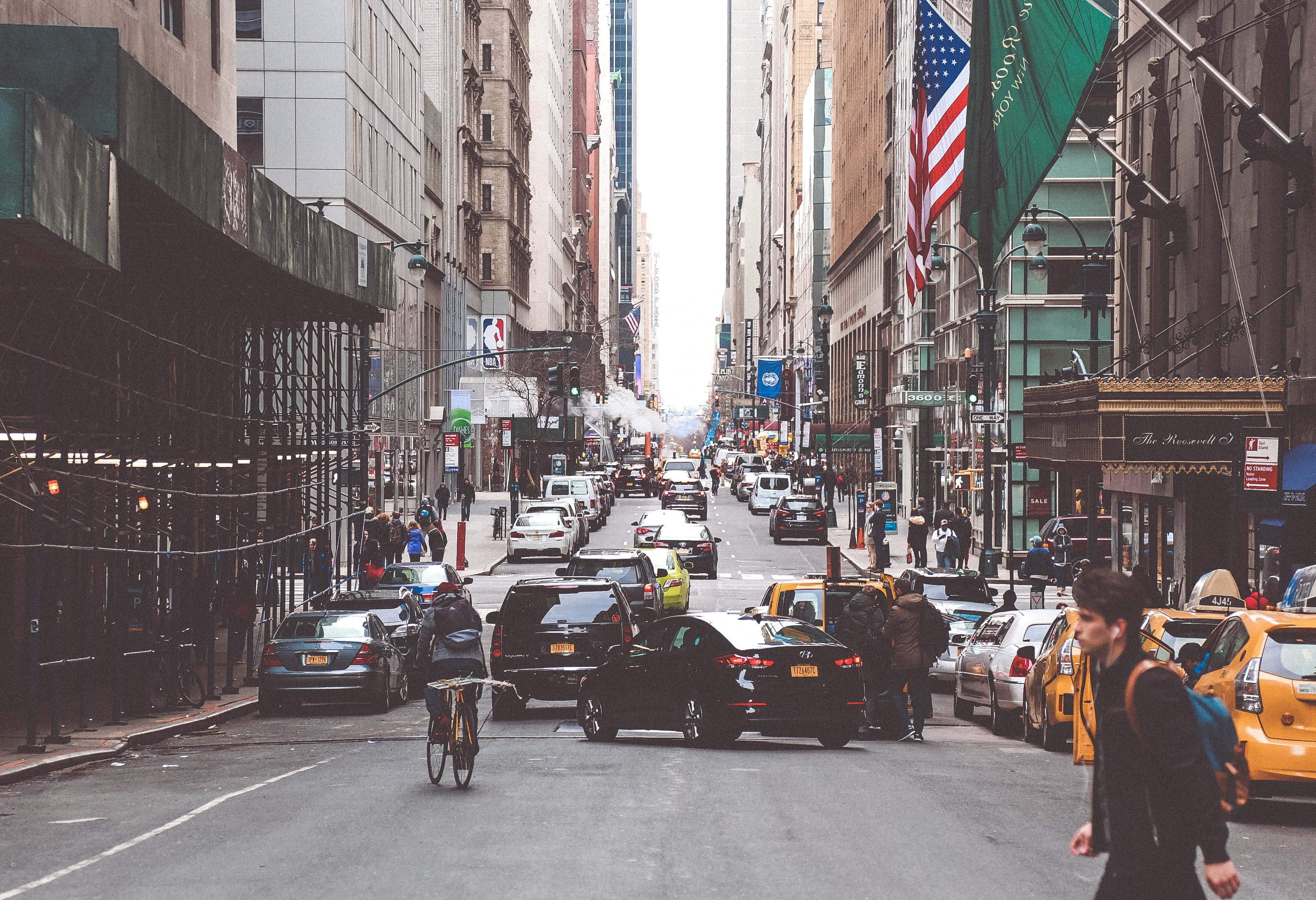 歩くスピードが速い人はコロナ感染での死亡率が低い?!